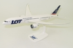 Model Boeing 787-900 LOT 1:200 SP-LSA