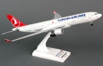 Model Airbus A330-200 Turkish podwozie