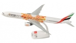 Model Boeing 777-300 Emirates ORANGE
