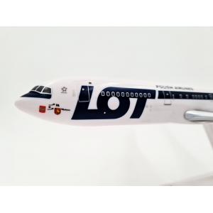 Model Boeing 767-300 LOT SP-LPA