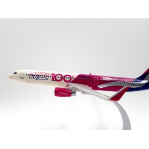 Model Airbus A321 Wizzair 1:200