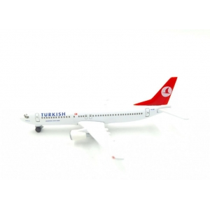 Model Boeing 737-400 Turkish 1:500 HERPA