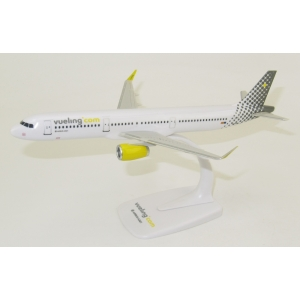 Model Airbus A321 VUELING 1:200